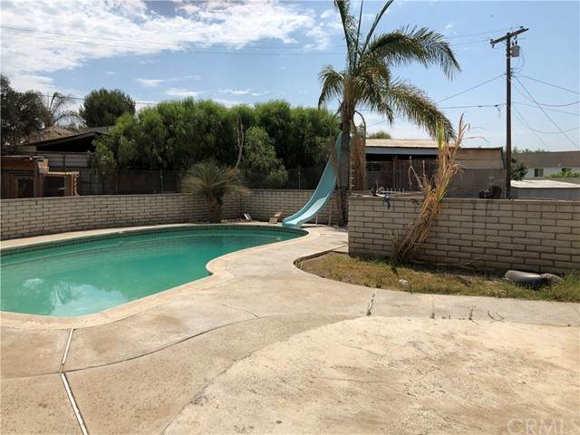 2141 Western Avenue, Norco, CA 92860 (#NP21155264) :: The Miller Group