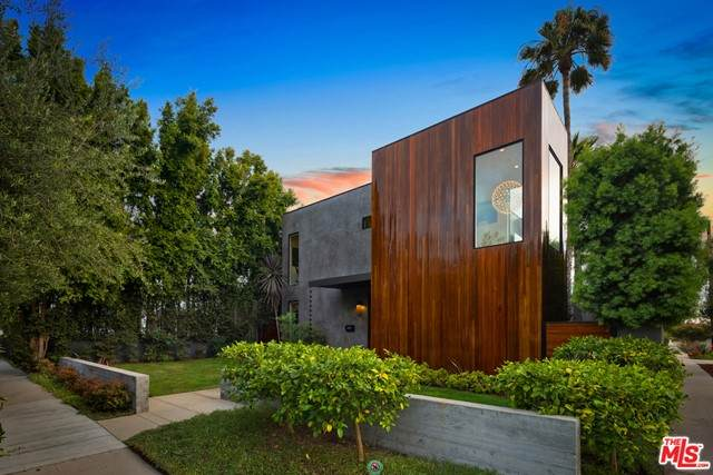 3601 Wade Street, Los Angeles (City), CA 90066 (#21762138) :: The Miller Group