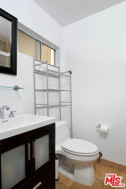 1339 N Columbus Avenue #204, Glendale, CA 91202 (#21762144) :: Latrice Deluna Homes