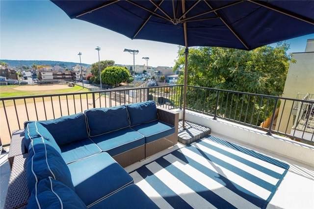 448 11th Street, Hermosa Beach, CA 90254 (#SB21153589) :: Latrice Deluna Homes