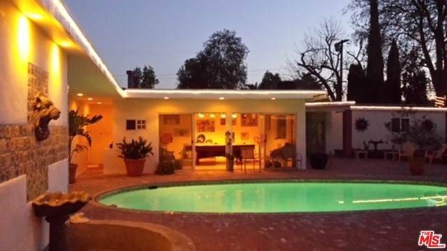 16222 Chase Street, North Hills, CA 91343 (#21756432) :: Jett Real Estate Group