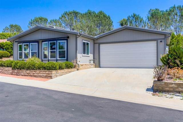 5165 Colonial Way, Oceanside, CA 92057 (#NDP2108390) :: Jett Real Estate Group