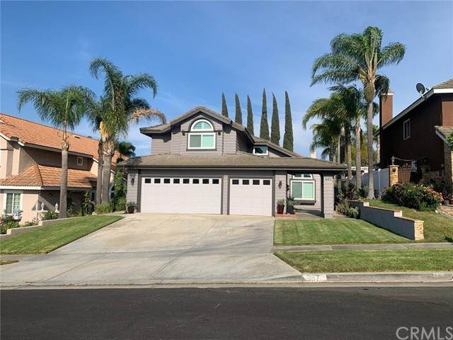 887 Roxbury Drive, Corona, CA 92882 (#IV21157221) :: Cochren Realty Team | KW the Lakes