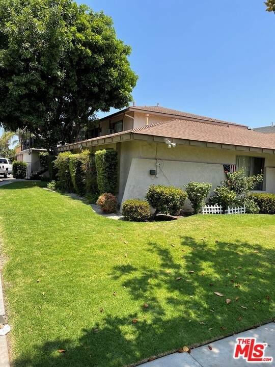 1215 S Athena Way, Anaheim, CA 92806 (#21762632) :: Robyn Icenhower & Associates