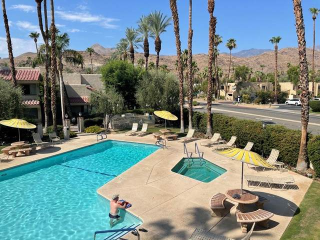 2700 Golf Club Drive #106, Palm Springs, CA 92264 (#219065067PS) :: Jett Real Estate Group