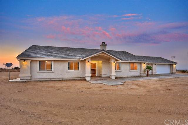 11130 Buttemere Road, Phelan, CA 92371 (#OC21158147) :: Doherty Real Estate Group