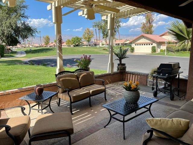 42284 Omar Place, Palm Desert, CA 92211 (#219065087DA) :: Eight Luxe Homes