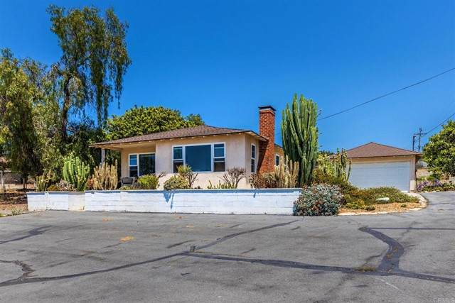 3009 Blackwell Drive E, Vista, CA 92084 (#NDP2108416) :: Jett Real Estate Group