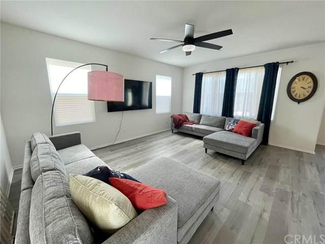11117 Green Meadows Lane, Jurupa Valley, CA 91752 (#IG21158592) :: Doherty Real Estate Group