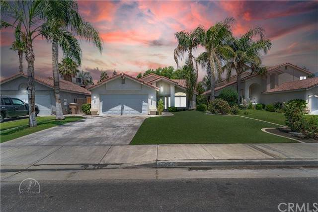 6208 Managua Drive, Bakersfield, CA 93313 (#SC21158692) :: Doherty Real Estate Group