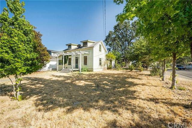 975 Armstrong Street, Lakeport, CA 95453 (#LC21153761) :: Mark Nazzal Real Estate Group