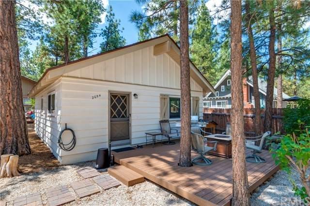 2054 9th Lane, Big Bear, CA 92314 (#CV21158751) :: Doherty Real Estate Group