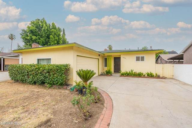 13952 Calvert Street, Valley Glen, CA 91401 (#221003980) :: Eight Luxe Homes