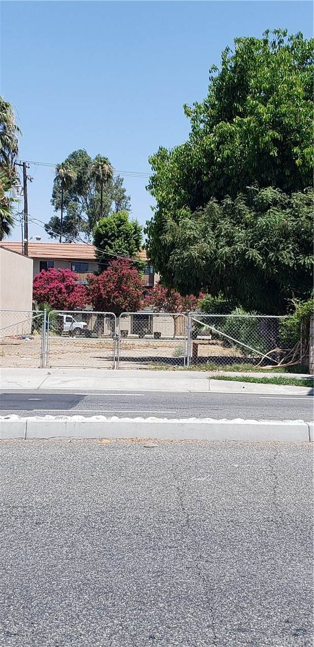 1923 University Avenue, Riverside, CA 92507 (#IV21159031) :: McKee Real Estate Group Powered By Realty Masters & Associates