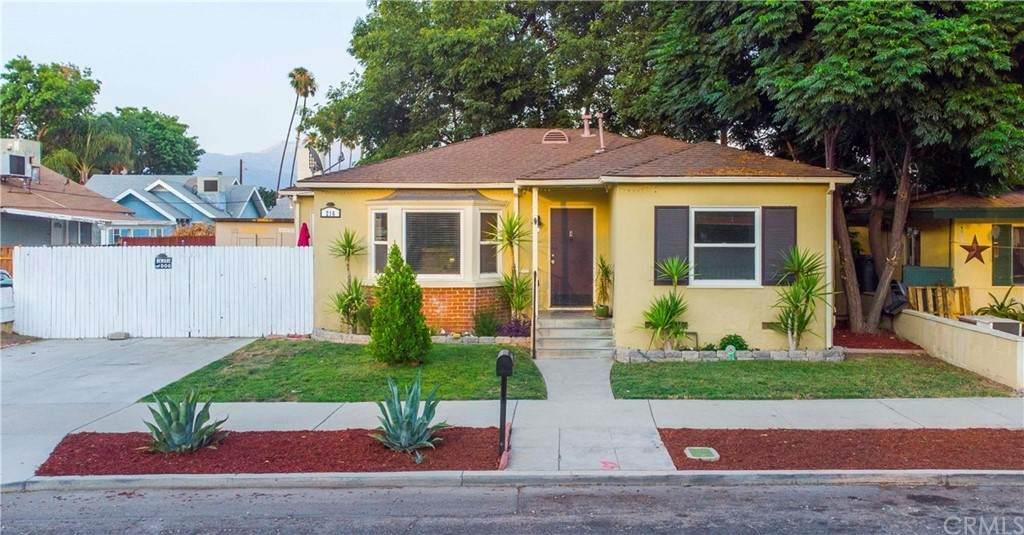 216 Juanita Street - Photo 1