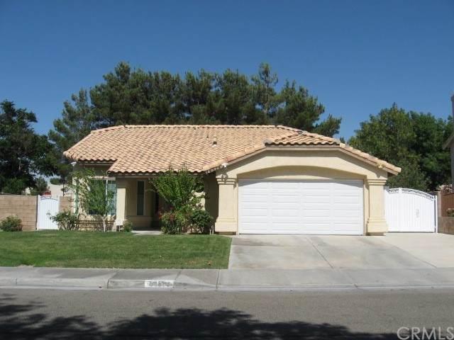 44514 Tarragon Drive, Lancaster, CA 93536 (#OC21161924) :: Team Forss Realty Group