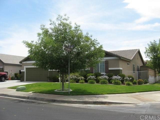 44639 31st Street W, Lancaster, CA 93536 (#OC21162271) :: Robyn Icenhower & Associates