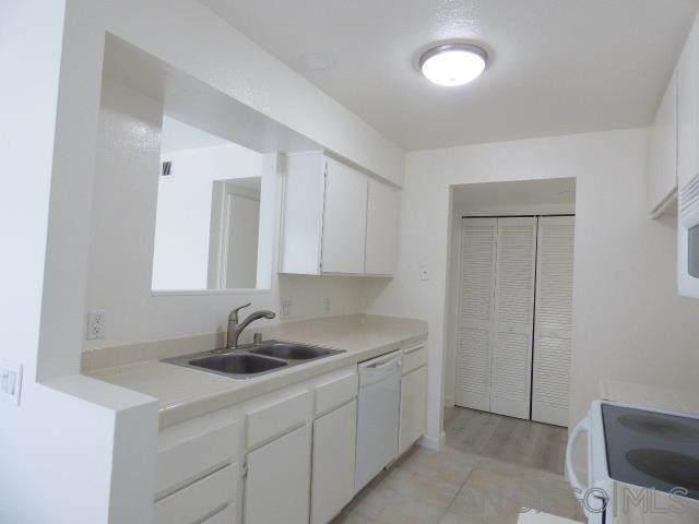 4015 Porte La Paz #128, San Diego, CA 92122 (#210020965) :: Eight Luxe Homes