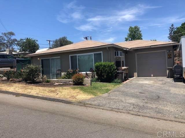 535 W Elder, Fallbrook, CA 92028 (#NDP2108685) :: Jett Real Estate Group