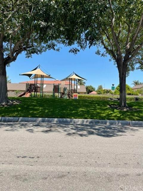 10288 Circulo De Juarez, Fountain Valley, CA 92708 (#PW21163189) :: The Costantino Group | Cal American Homes and Realty