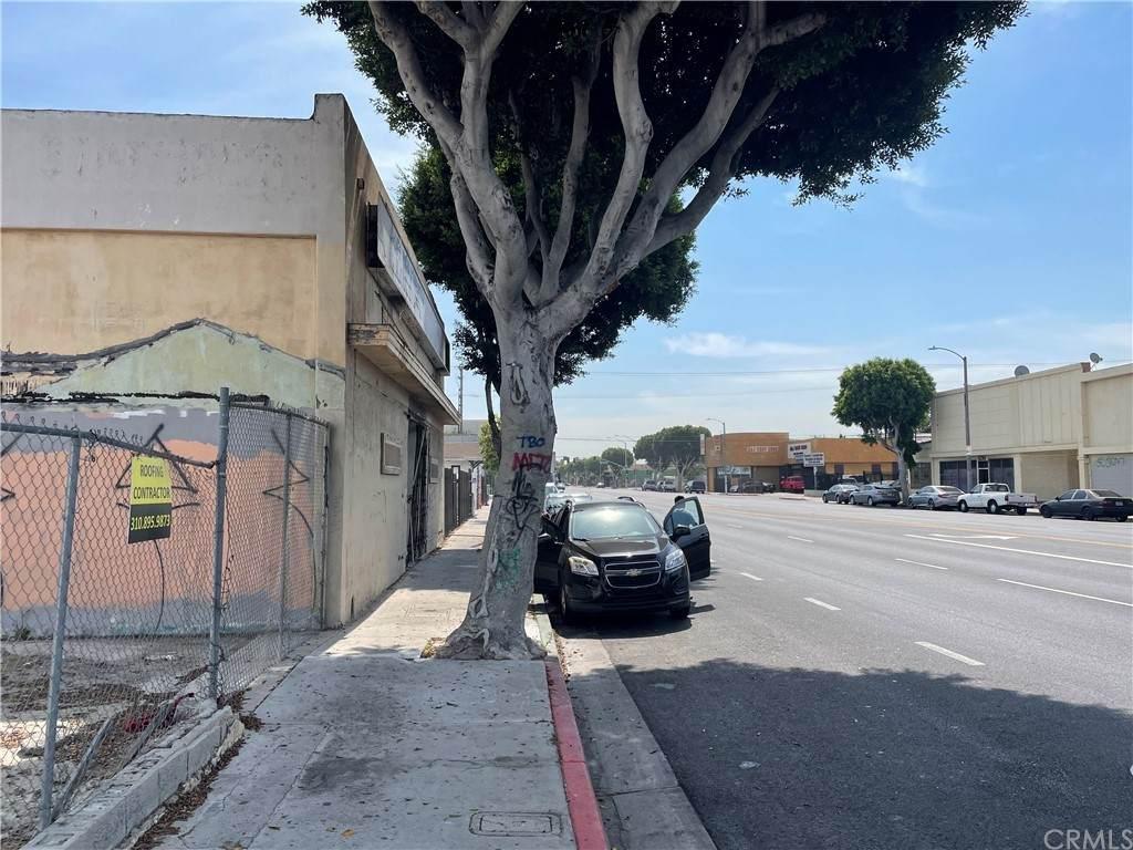 811 Compton Boulevard - Photo 1
