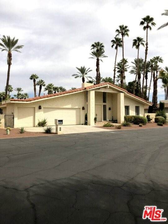 43 Lincoln Place, Rancho Mirage, CA 92270 (#21765348) :: Mark Nazzal Real Estate Group