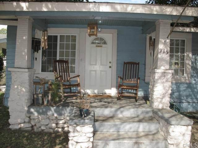 915 W 4th Street, Pomona, CA 91766 (#TR21163404) :: Jett Real Estate Group