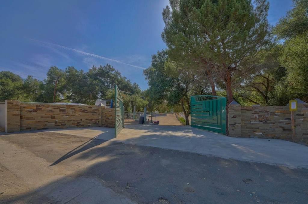 52199 Pine Canyon Road - Photo 1