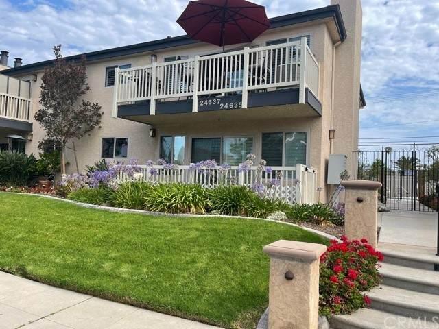 24635 Santa Clara Avenue #1, Dana Point, CA 92629 (#OC21164485) :: Pam Spadafore & Associates