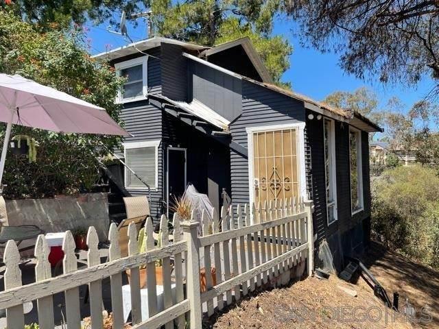 3684 Alexia, San Diego, CA 92116 (#210021363) :: Steele Canyon Realty