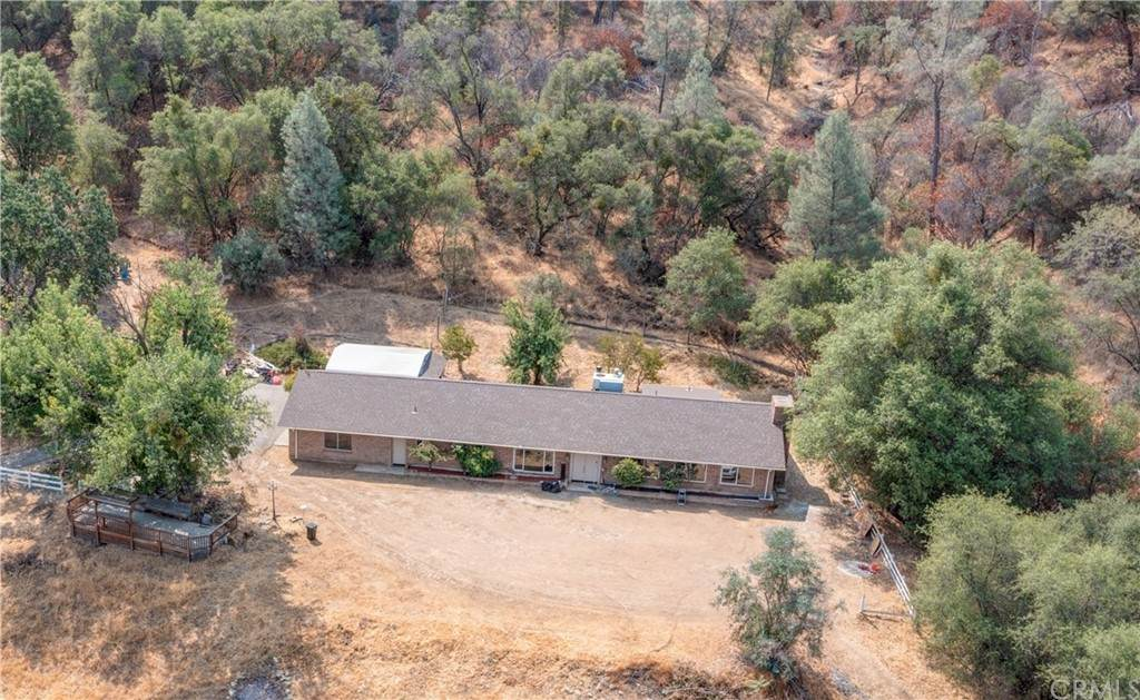 4680 4686 Lookout Mountain Rd. - Photo 1