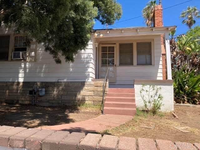 355 Palm Drive, Vista, CA 92084 (#NDP2108949) :: Doherty Real Estate Group