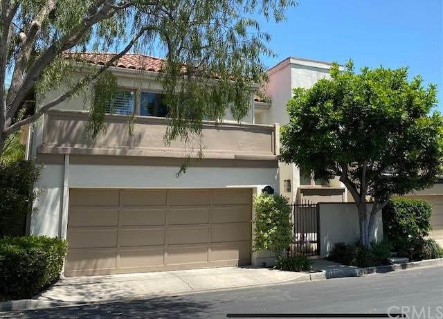 364 Seville Way, Long Beach, CA 90814 (#PW21167981) :: The Parsons Team