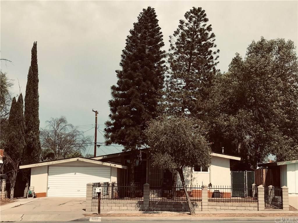 1517 Lincoln Avenue - Photo 1