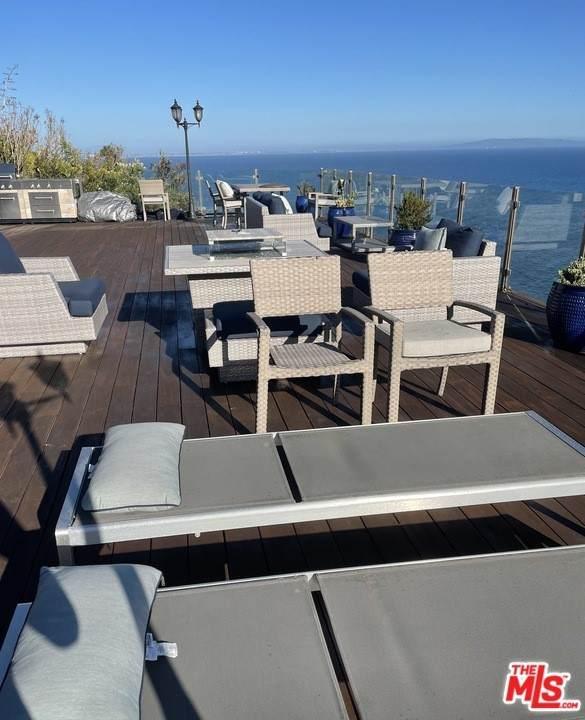 20504 Roca Chica Drive, Malibu, CA 90265 (#21767604) :: Better Living SoCal
