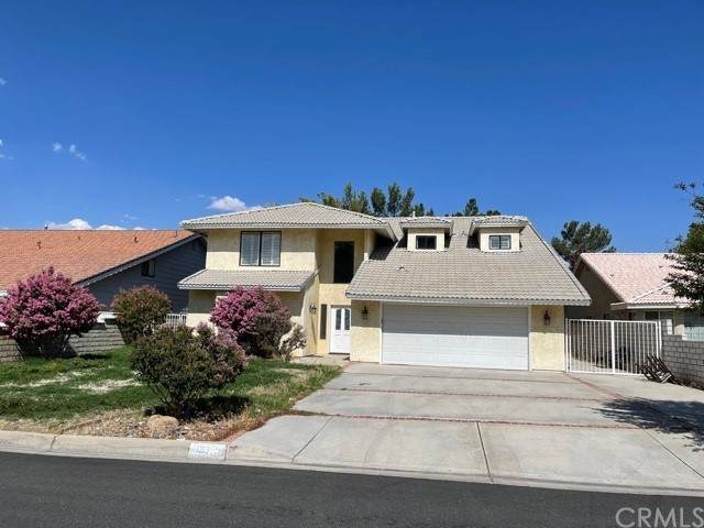 13375 Alta Vista Drive, Victorville, CA 92395 (#WS21171406) :: Doherty Real Estate Group