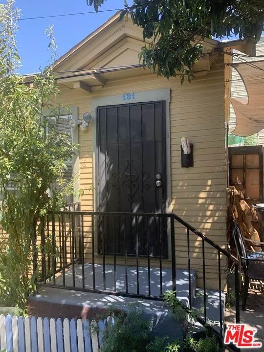 131 Douglas Street - Photo 1