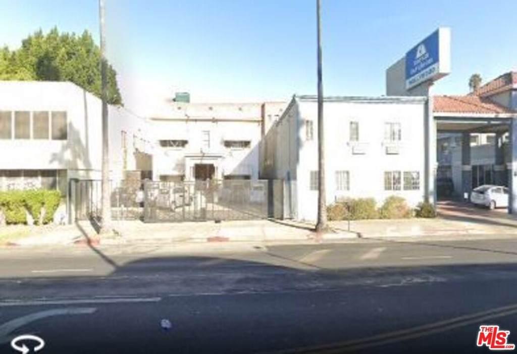 5271 Sunset Boulevard - Photo 1