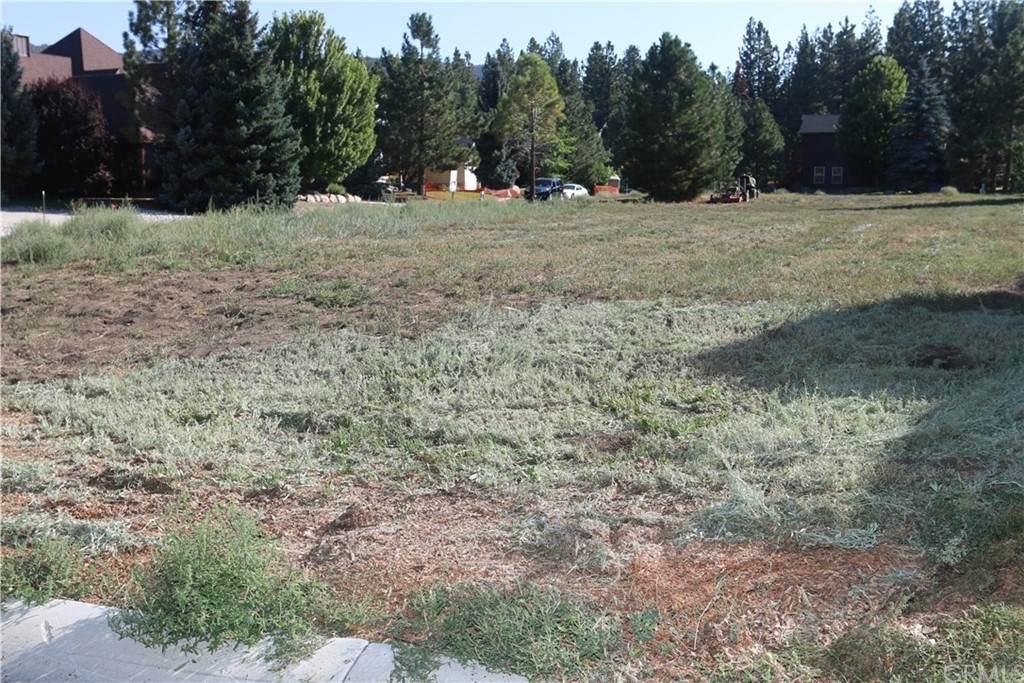 275 Meadow Circle - Photo 1