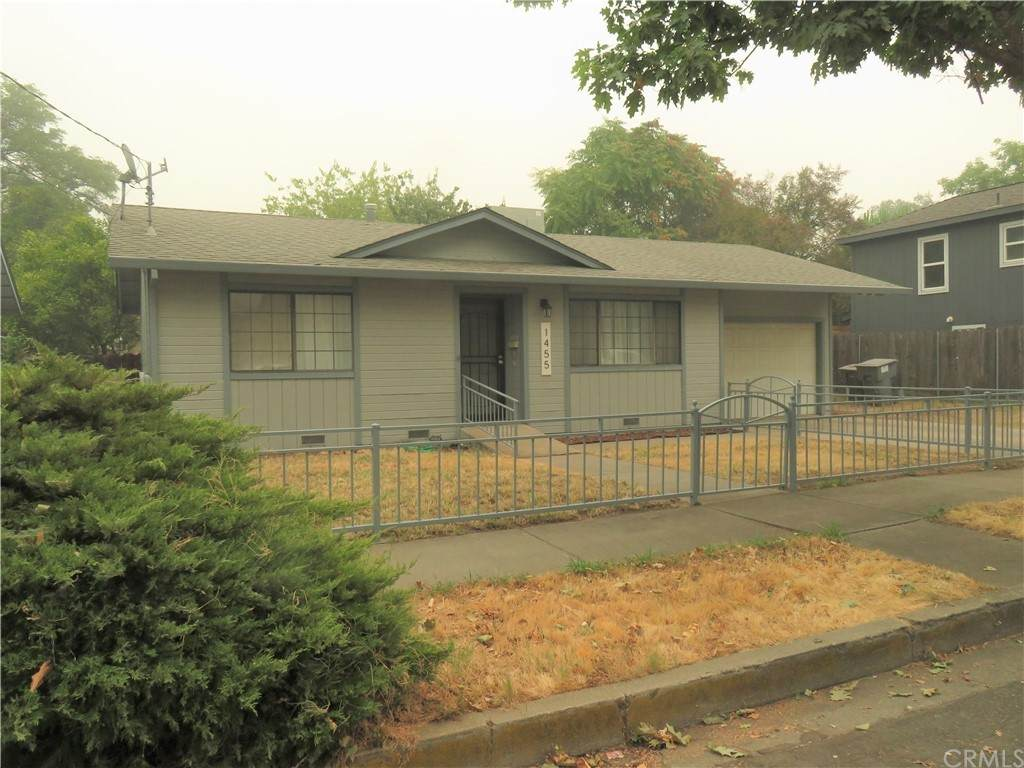 1455 2nd Ave - Photo 1