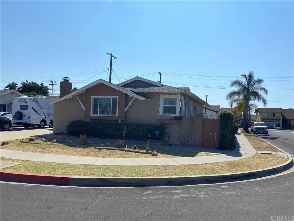 22645 Nicolle Avenue - Photo 1