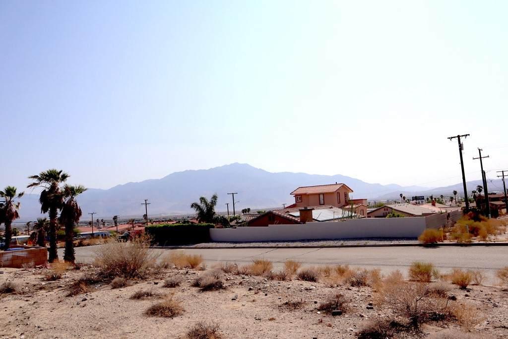 1 Casa Loma Road - Photo 1