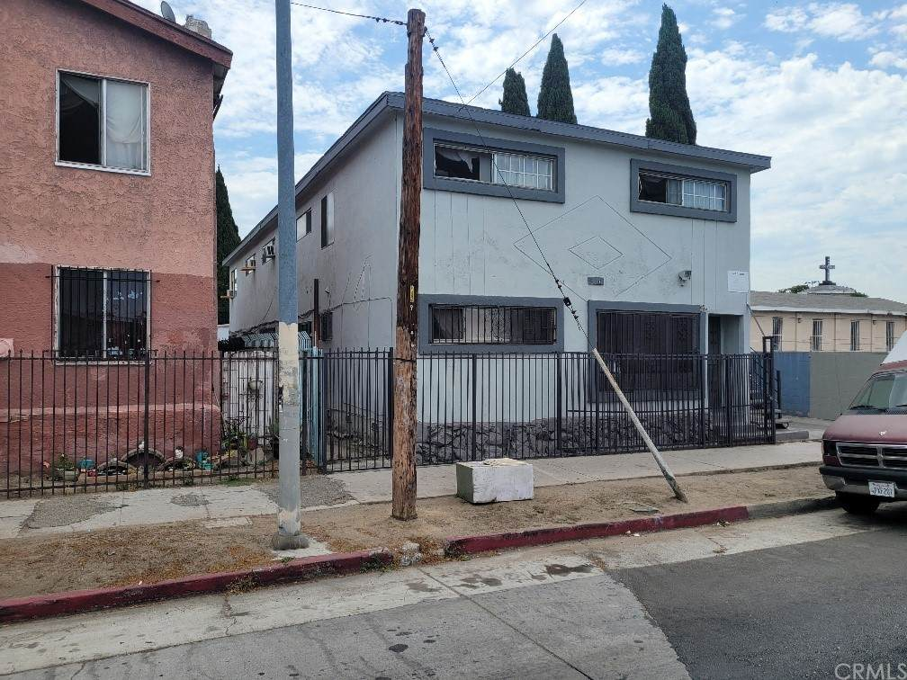 5110 Compton Avenue - Photo 1