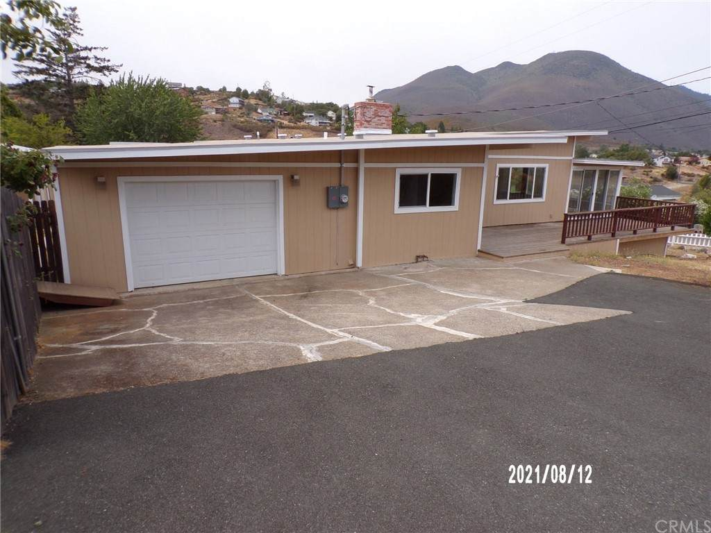 5505 Vista Drive - Photo 1
