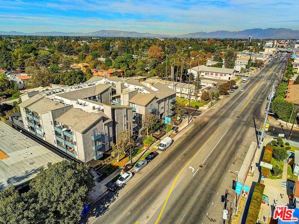 5807 Laurel Canyon Boulevard - Photo 1