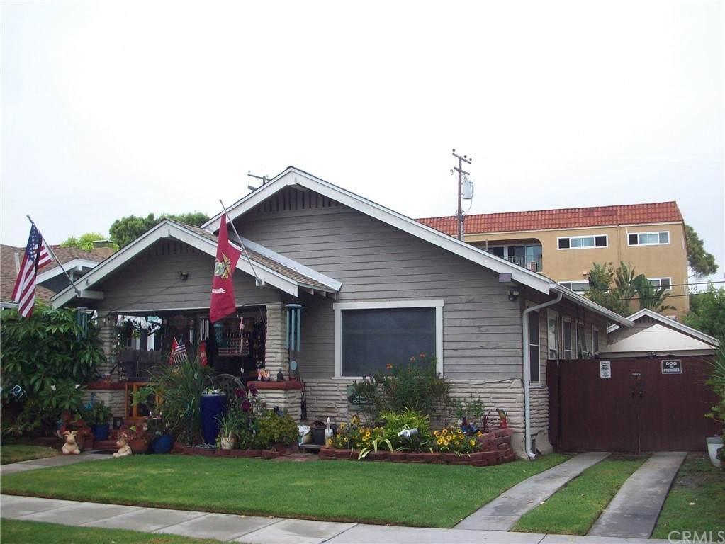 212 Loma Avenue - Photo 1