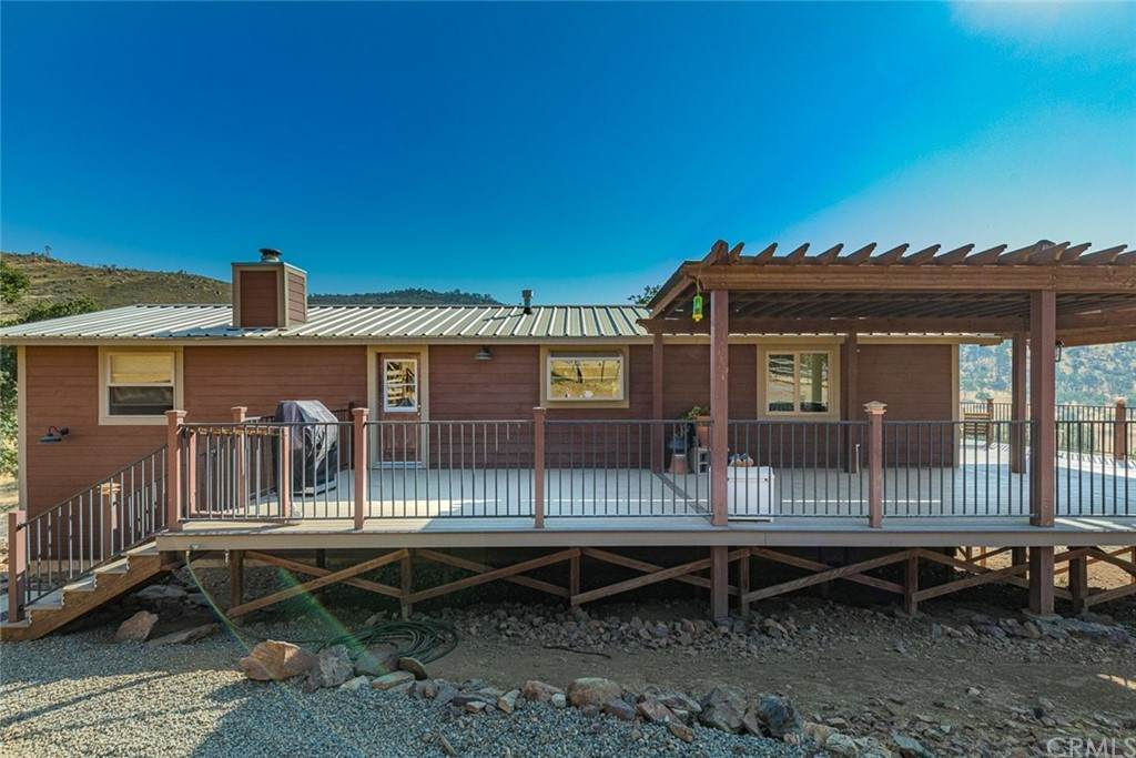 8153 Hunters Valley Road - Photo 1