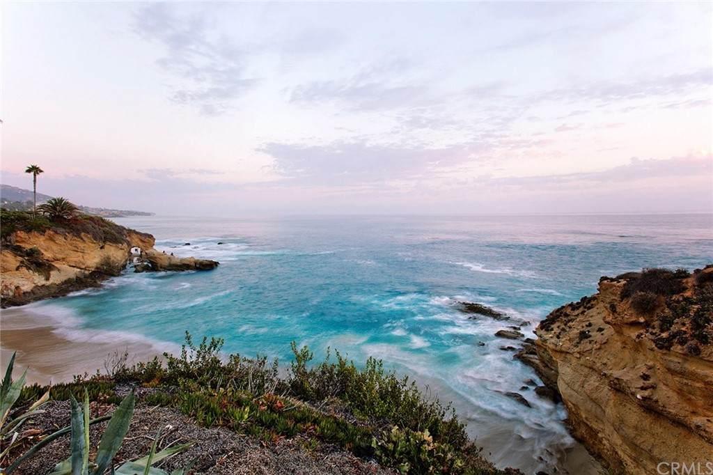 2442 Coast - Photo 1