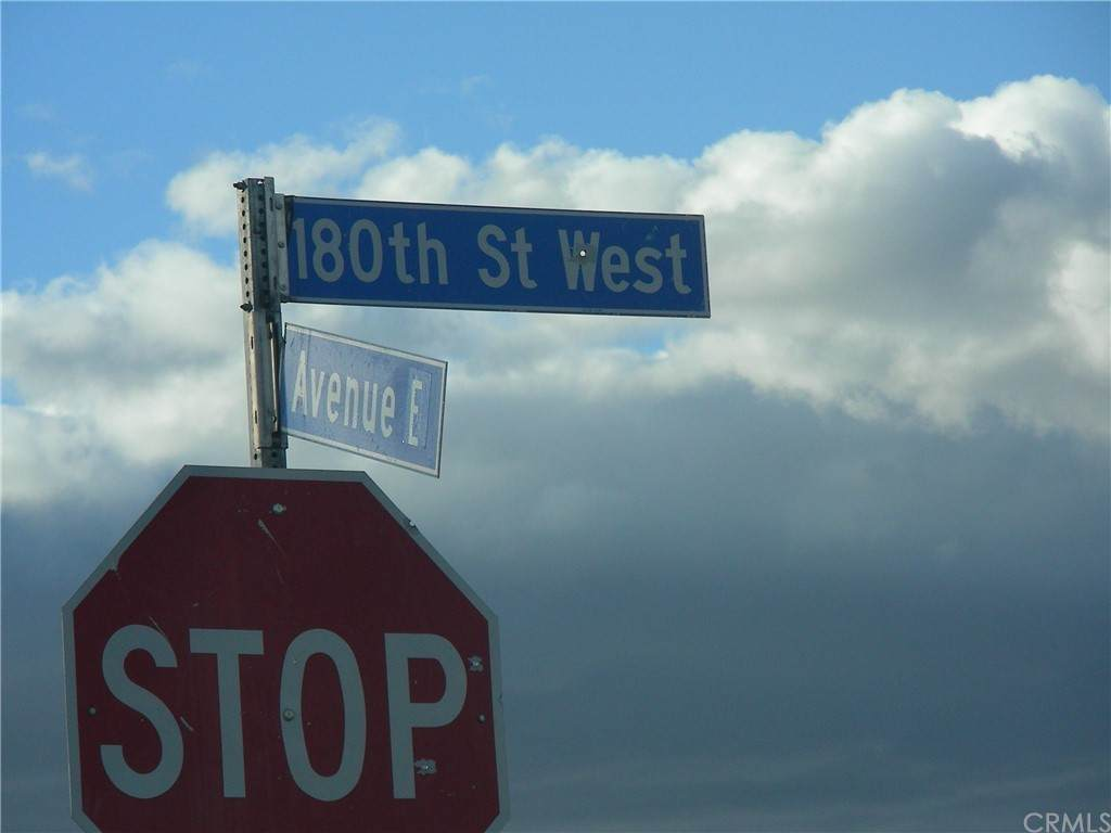 180 St W & Ave F - Photo 1
