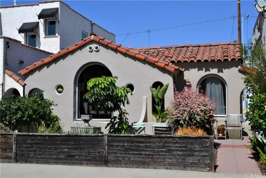 111 Covina Avenue - Photo 1